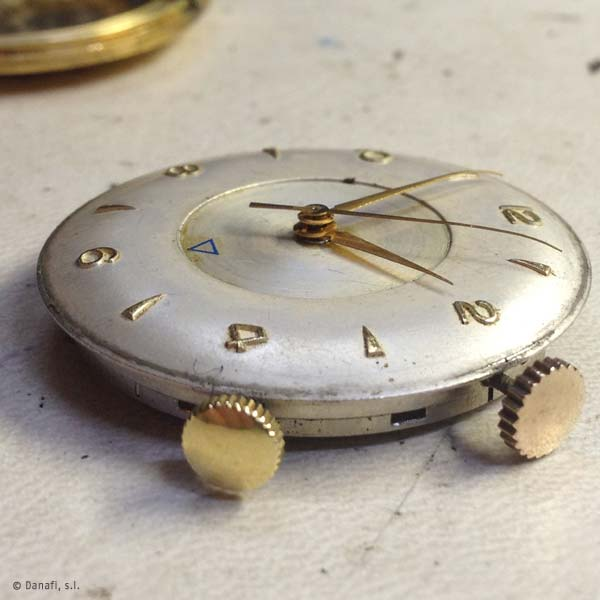 LeCoultre Memovox reloj despertador_05