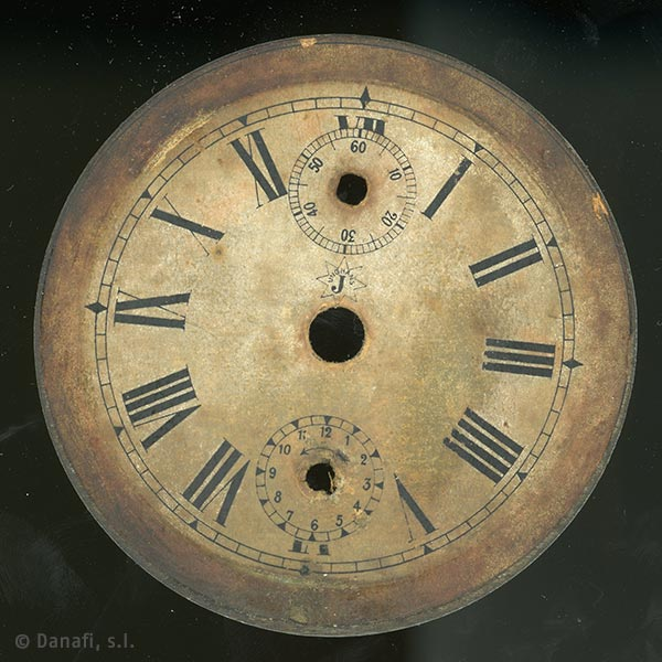 Esfera-reloj-sobremesa-Junghans_01