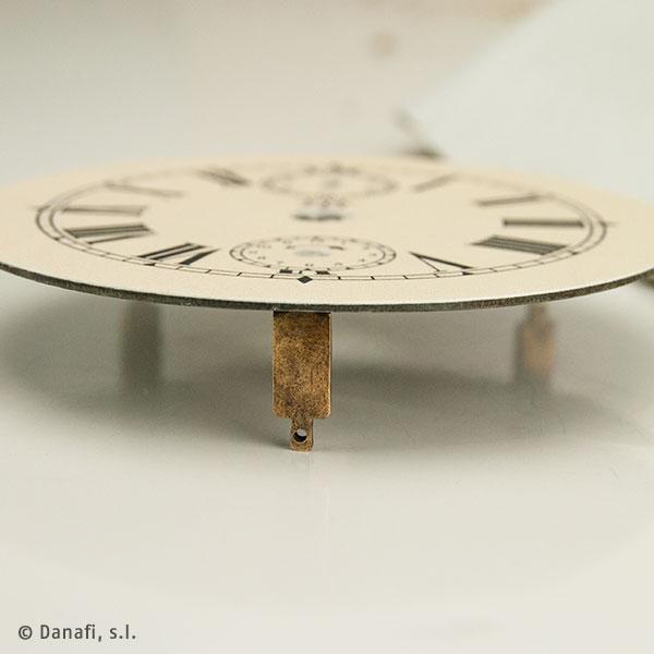 Esfera-reloj-sobremesa-Junghans_04