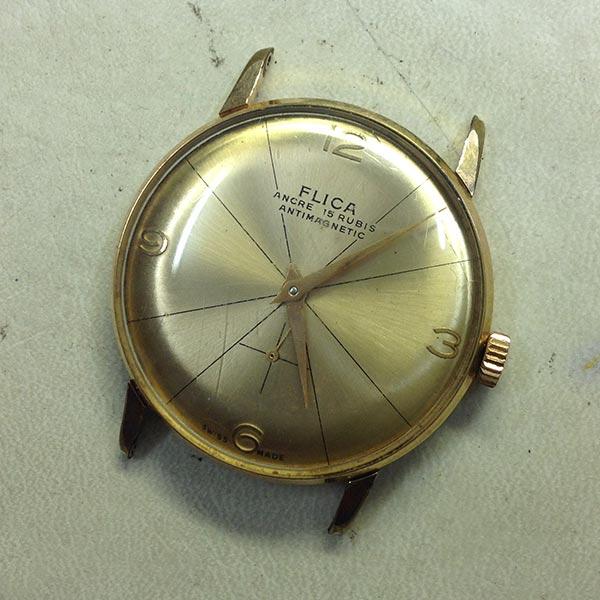 Restauración y chapado en oro caja de reloj