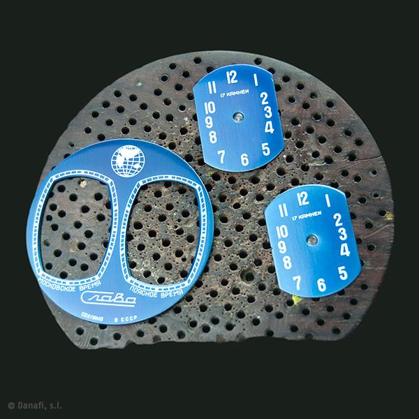 Slava-dual-time-zone-watch-dials-restoration_02