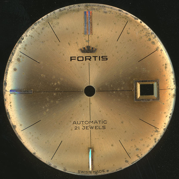 Restaurar-esfera-reloj-dorada-Fortis-Automatic_01