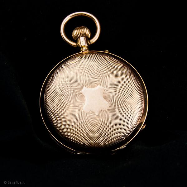 Restaurar y reparar cja de oro de reloj de bolsillo. Restaurar y reparar reloj bolsillo de oro enfermera.