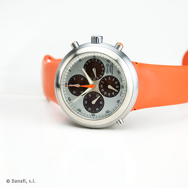 Ikepod Hemipode Chronometer reparar reloj