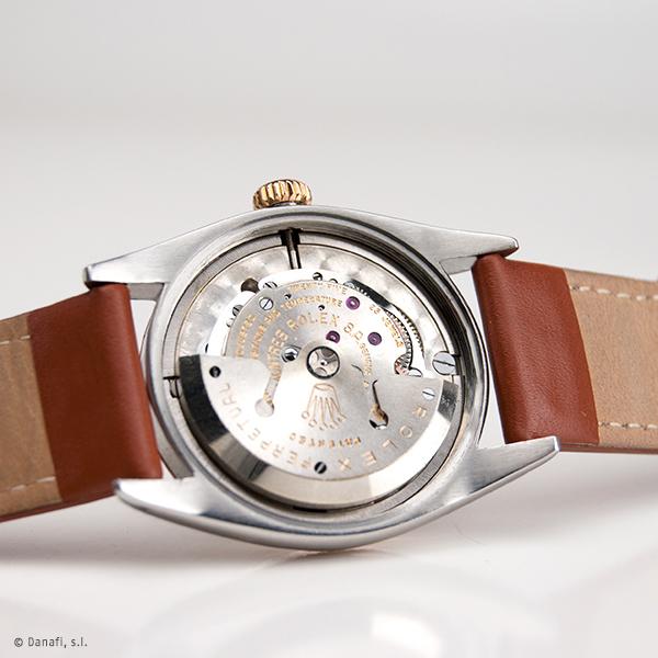 Servicio de mantenimiento y puesta a punto máquina de reloj Rolex. Pulir y restaurar caja de reloj Rolex. Servicio técnico Rolex. Restauraación y reparación reloj Vintage Rolex DateJust Danafi