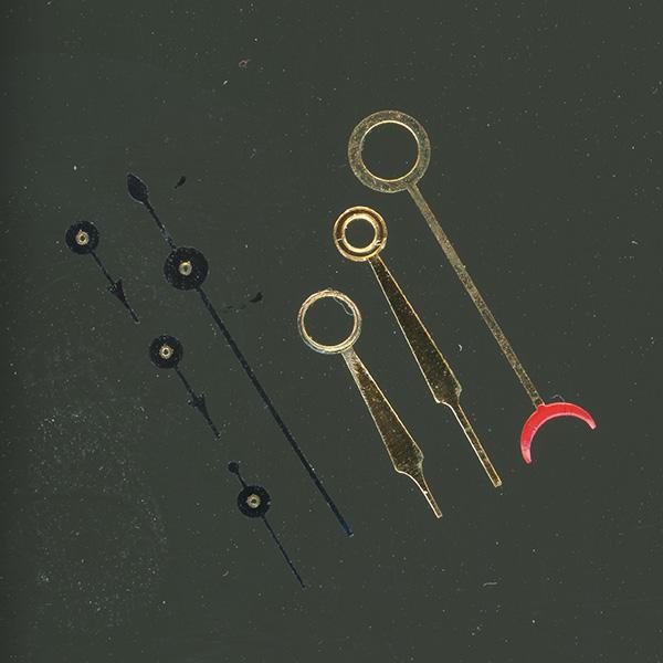 Restauración pulido y dorado juego agujas taller relojería Danafi